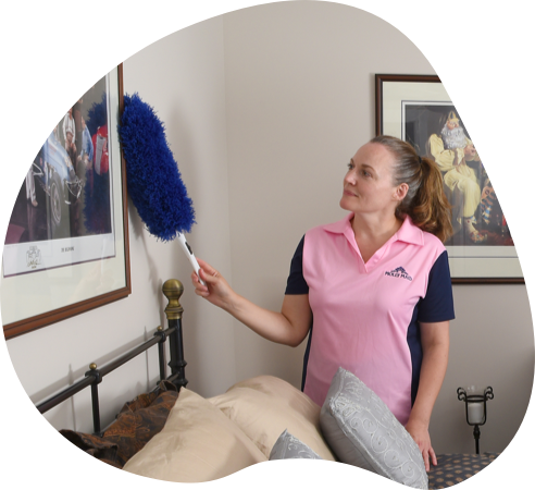 MOLLY MAID cleaner cleaning bedroom