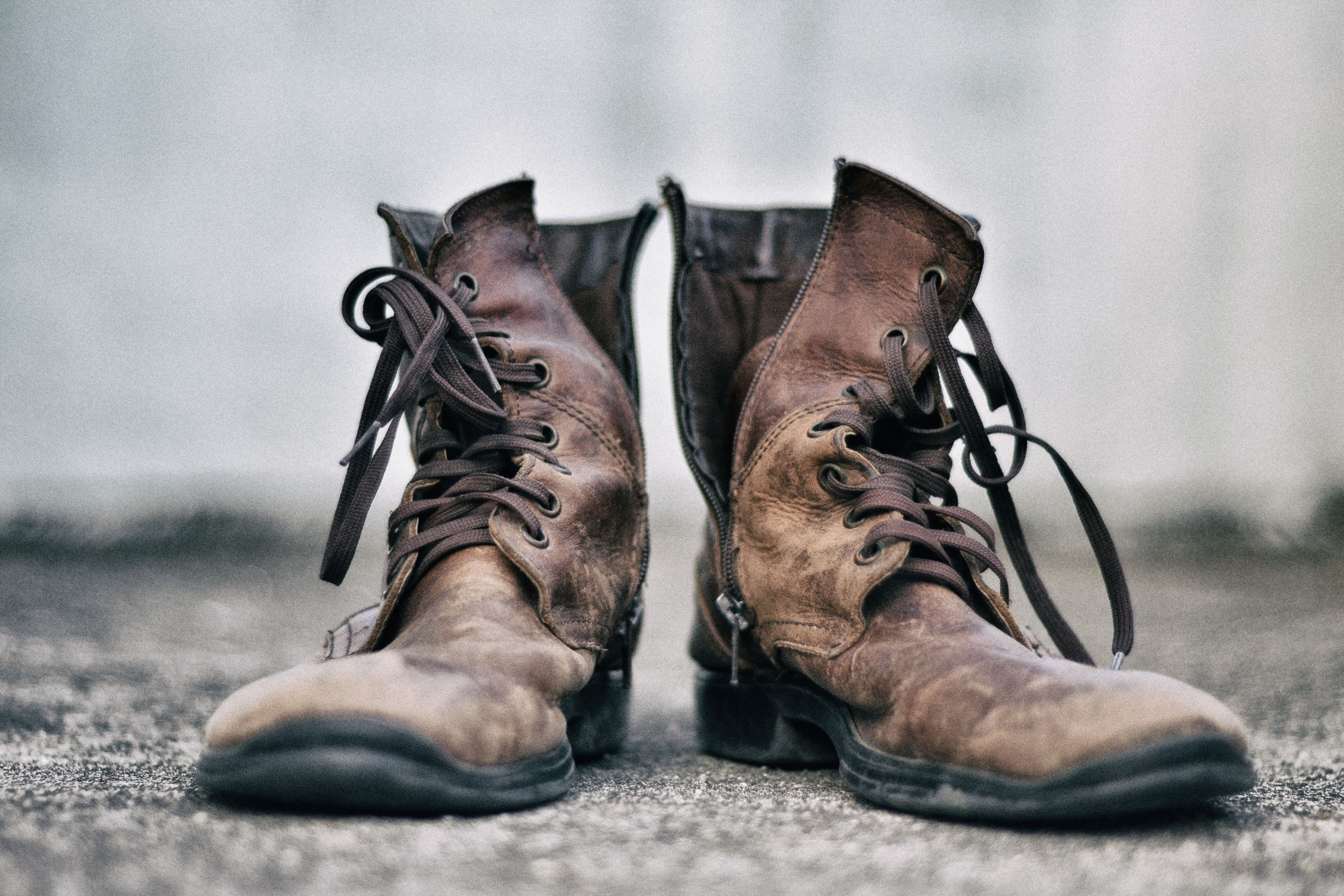 Bring Old Boots Back to Life in 4 Easy Steps's featured image