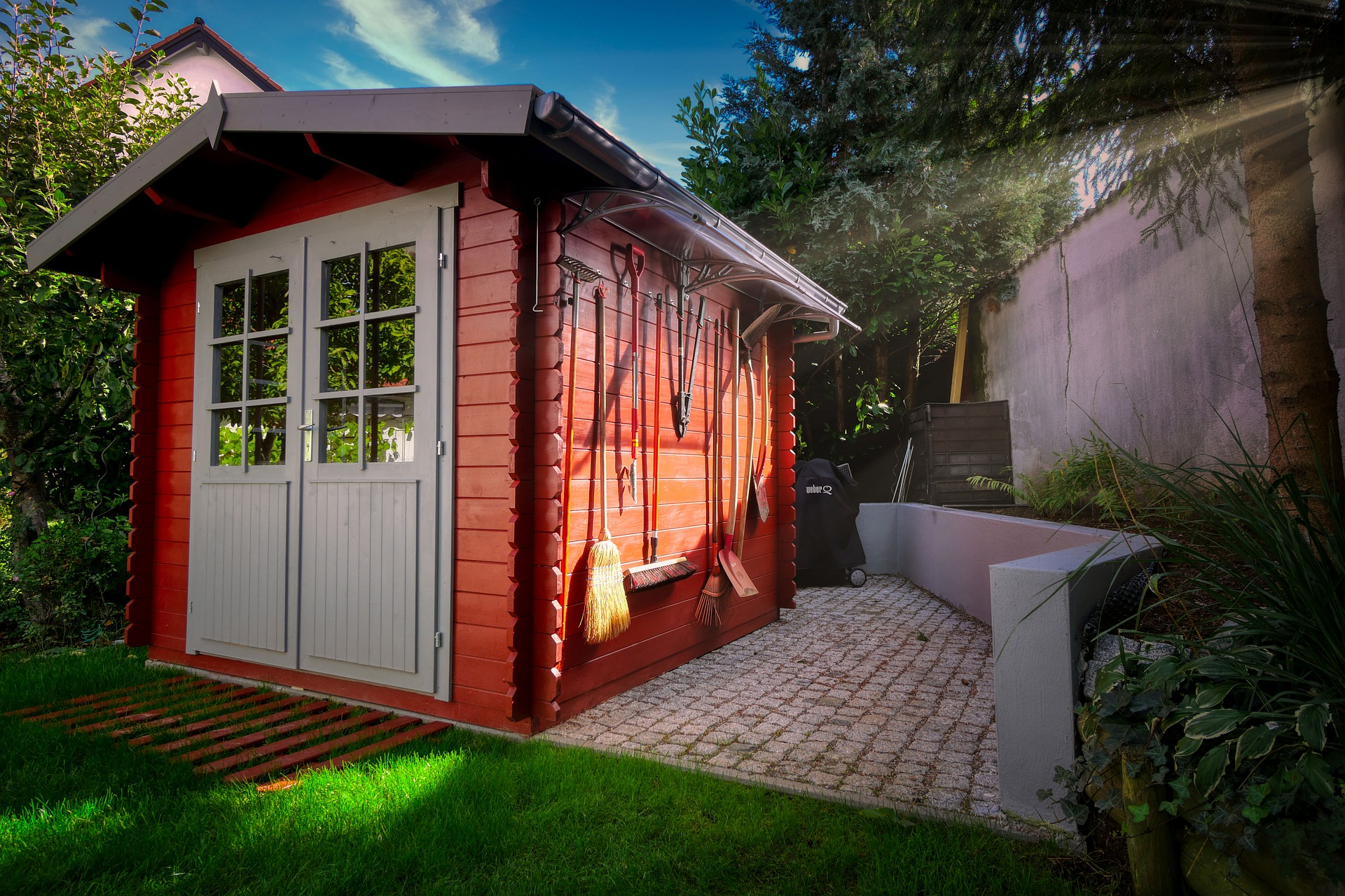 Top Tips to Declutter Your Shed's featured image